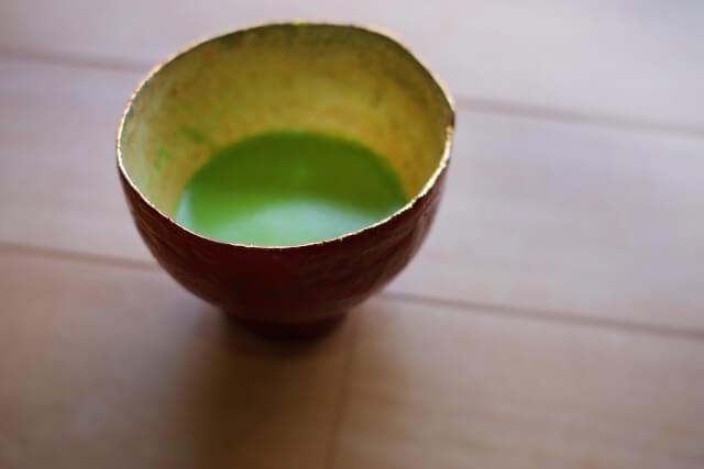 浴衣で抹茶「おいしい」秋田市で中国人留学生ら茶道体験